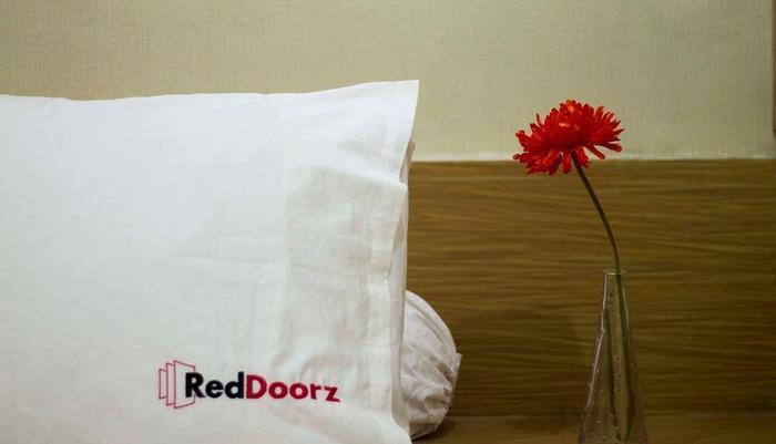 RedDoorz @ Raya Kuta - Kamar tamu