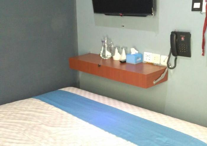 Cleo Guest House Bandung - Basic room