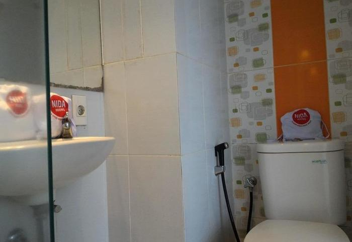 NIDA Rooms Arifin 55 Malang - Kamar mandi