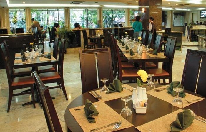 Condominium Danau Toba Hotel Medan - Restoran