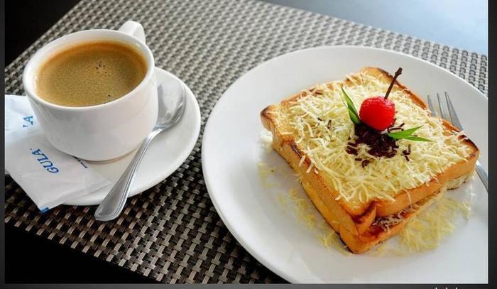 Griya Hotel Medan - ROTI PANGGANG - KOPI