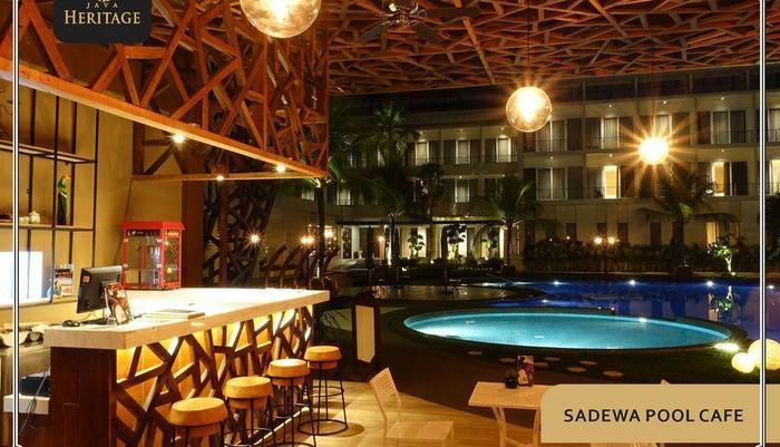 Java Heritage Hotel Purwokerto Purwokerto - Sadewa Pool Cafe