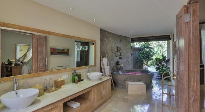 The Sankara Resort Bali - Kamar mandi