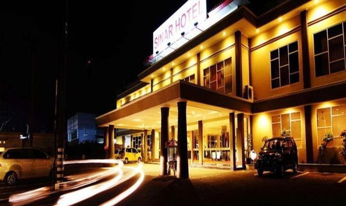 Hotel Sinar 1 Surabaya - Tampilan Luar Hotel