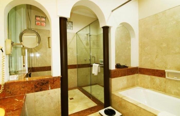 Geulis Boutique Hotel & Cafe Bandung - Kamar mandi