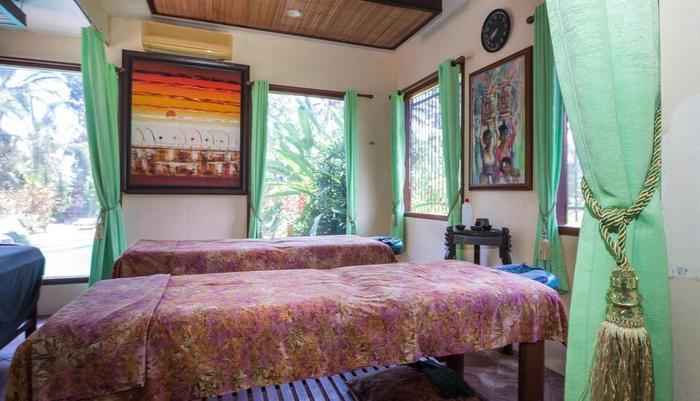 RedDoorz Plus @ Tjampuhan Ubud Bali - Spa Room