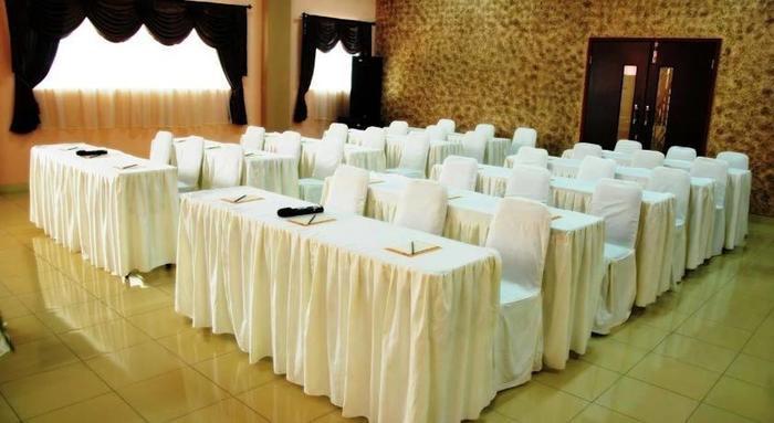 Raz Hotel Medan - Ruang Rapat