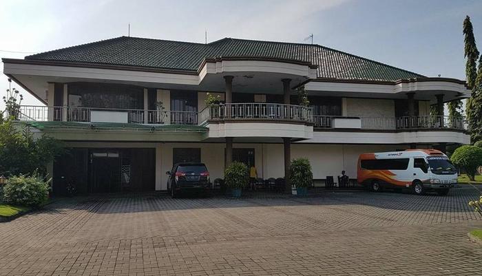 Cempaka Mas Hotel Jombang - Tampak