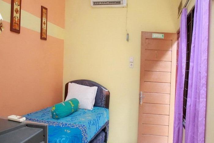 Amelia Guest House Medan - Kamar tamu