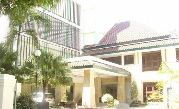 Hotel Griya Dharma Kusuma Bojonegoro - Eksterior