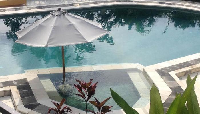 Ocean Valley Village Villas Bali - kolam bersama