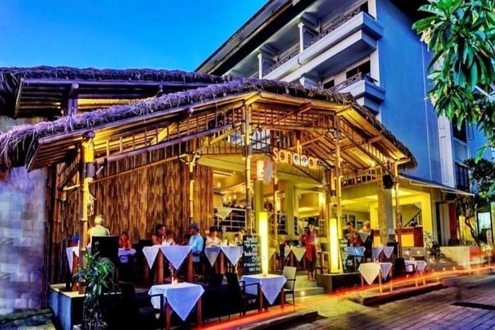 Maharani Beach Hotel Bali - Bar