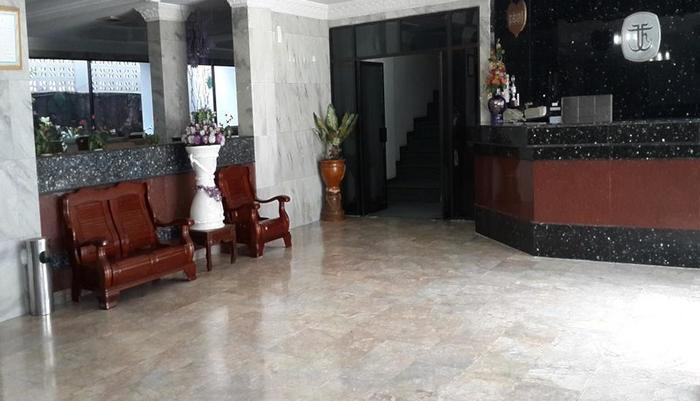 Hotel Tasia Ratu Pekanbaru - Lobi