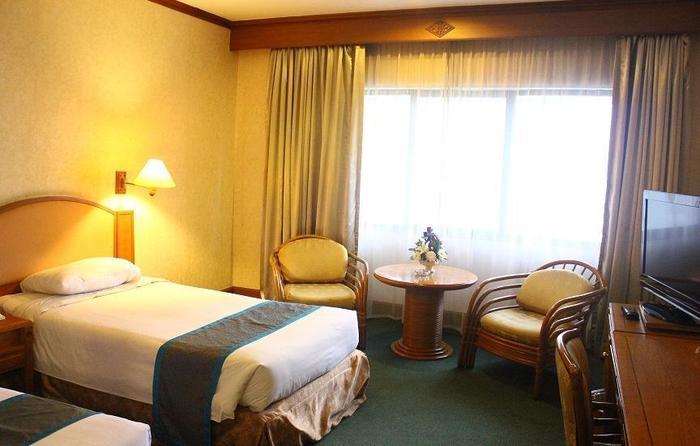 Grand Sahid Jaya Hotel Jakarta - Deluxe Room