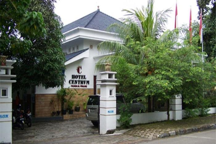 Hotel Centrum Bangka - Tampilan Luar Hotel