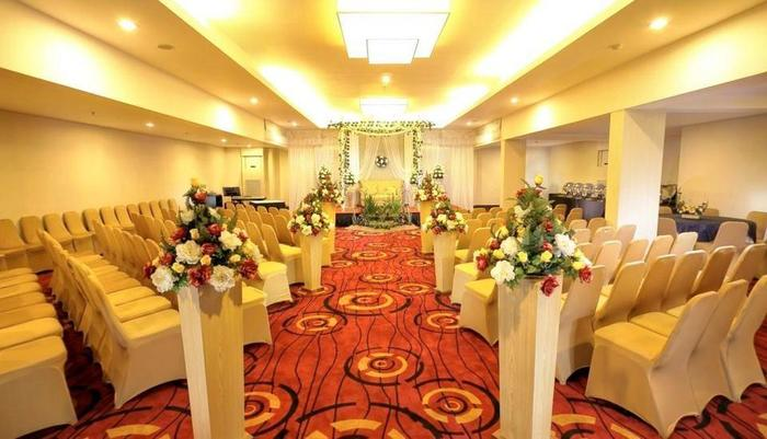 Swiss-Belinn Balikpapan - Standard Wedding Decoration at Emerald