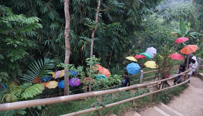 Punthuk Setumbu by Localivin Magelang - other