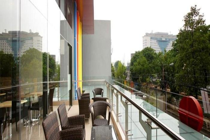 Amaris Pasar Baru Jakarta - Balcony