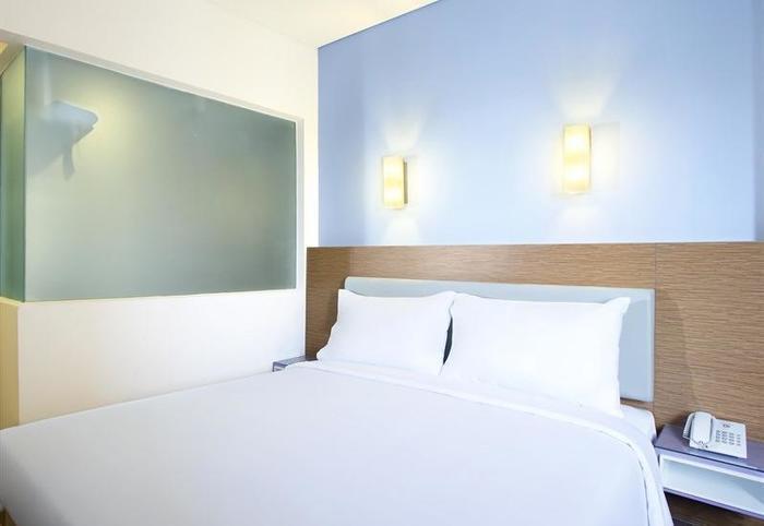 Amaris Pasar Baru Jakarta - Smart Room Queen