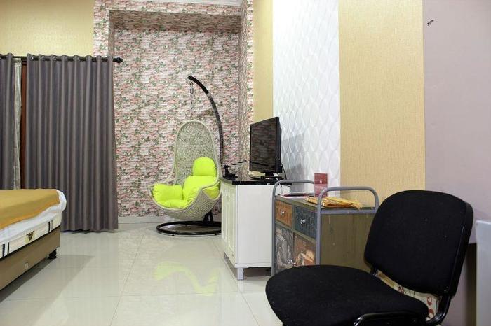 ZenRooms Cipete Utara Jakarta - Tempat tidur double