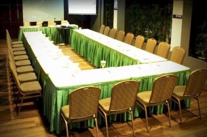 NIDA Rooms Semarang Ahmad Dahlan - Ruang Rapat