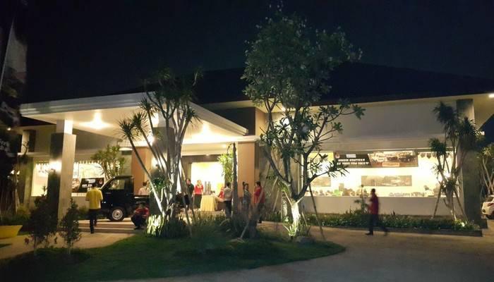 Kampoeng Nelayan Hotel Palu - Appearance