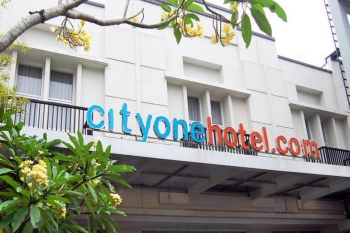 City One Hotel Semarang - Tampilan Luar Hotel