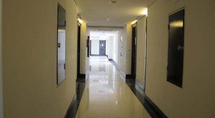 The Sahira Hotel Bogor - Corridor