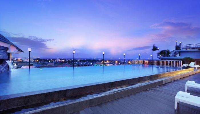 favehotel Cilacap - Kolam Renang