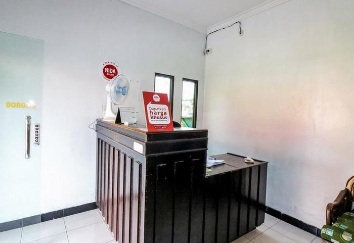 NIDA Rooms Ring Road Utara 14 Jogja - Resepsionis