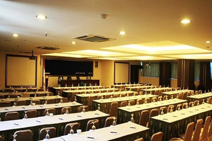 Quality Plaza Hotel Makassar - Ruang Rapat