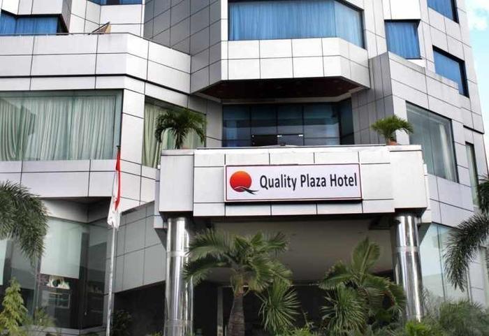 Quality Plaza Hotel Makassar - Tampilan Luar Hotel
