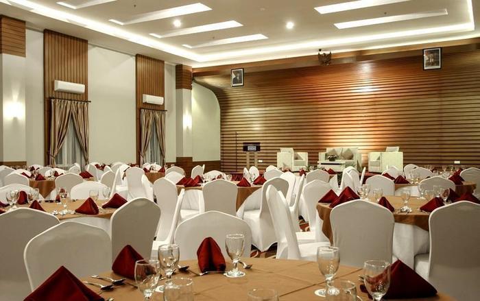 Hotel Dafam Pekalongan - Ballroom
