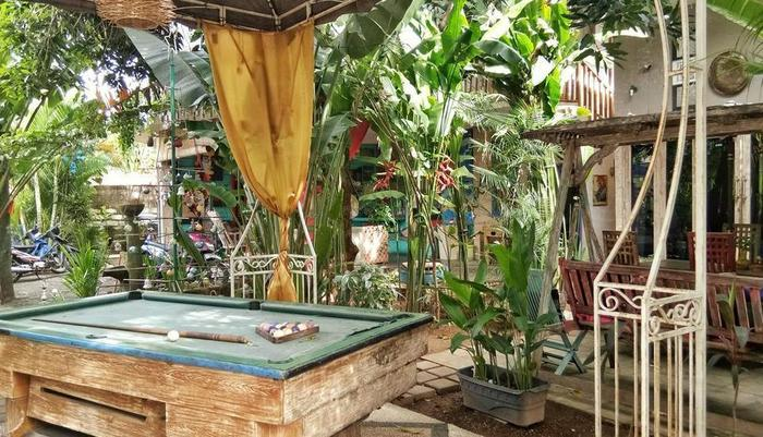 Rumah Warna Bali Bali - Biliar