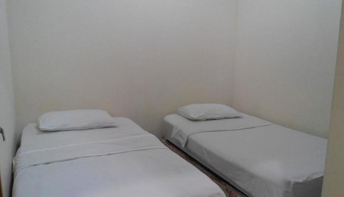 Hotel Malang Malang - Kamar Standard Twin