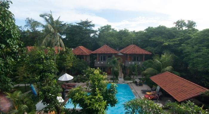 Melasti Beach Bungalow Bali - (11/Aug/2014)