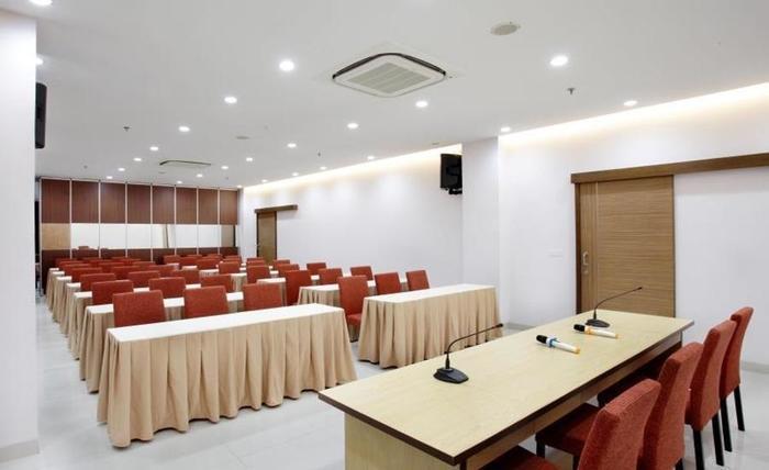 Ruby Hotel Syariah Bandung - Ruang Rapat