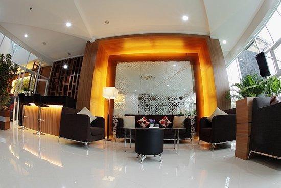 Ruby Hotel Syariah Bandung - Lobby