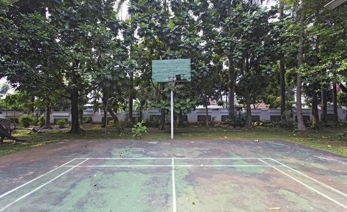 RedDoorz Cibubur Jakarta - Arena Basket