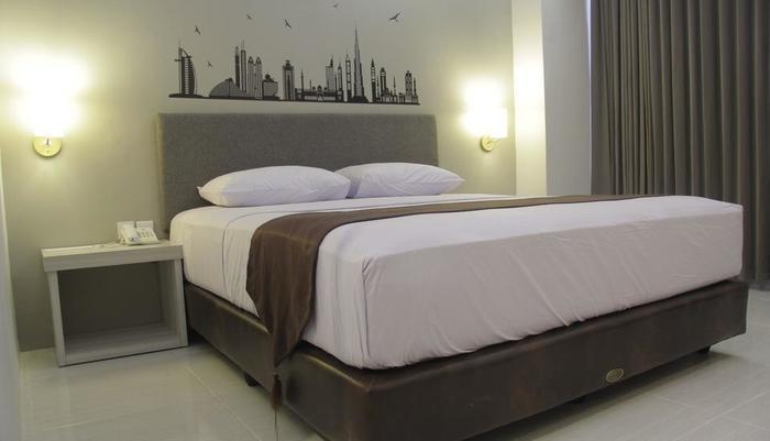 The Sun Hotel Madiun - Superior Single Bed