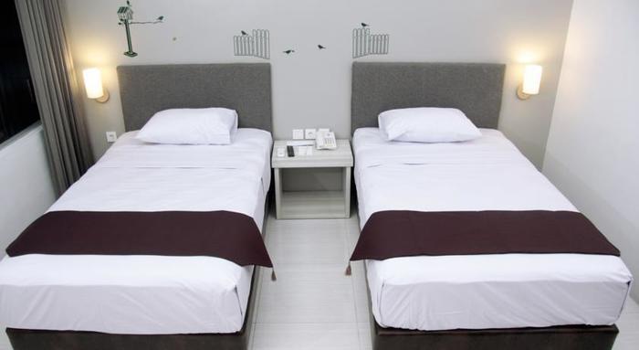 The Sun Hotel Madiun - room