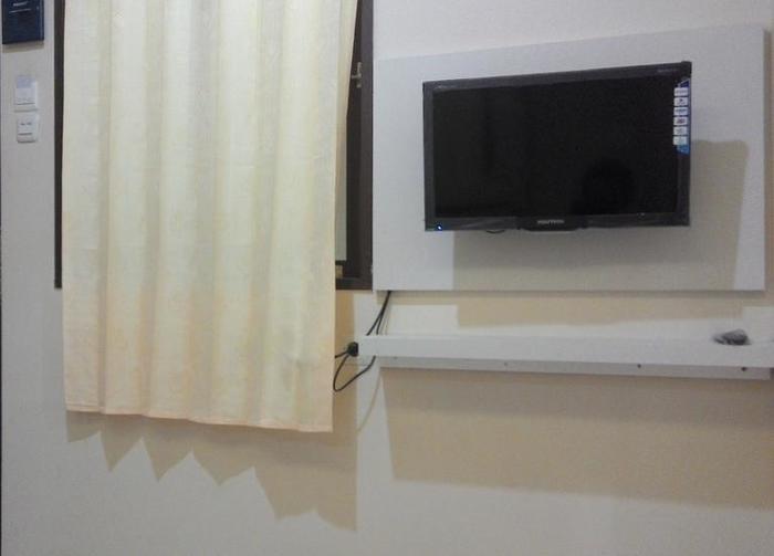 Kantos Guest House Jakarta - LED TV