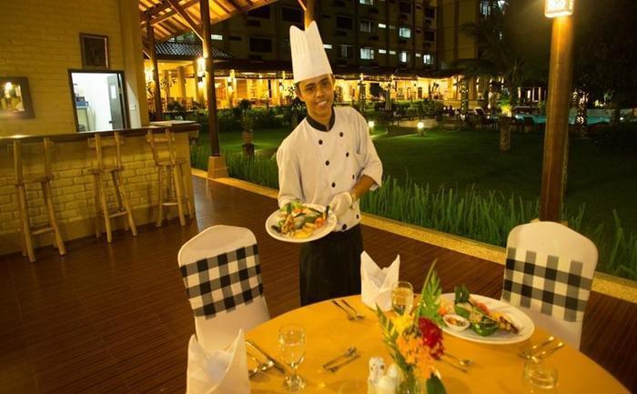The Jayakarta Suites Komodo Flores - Layanan Makan Malam