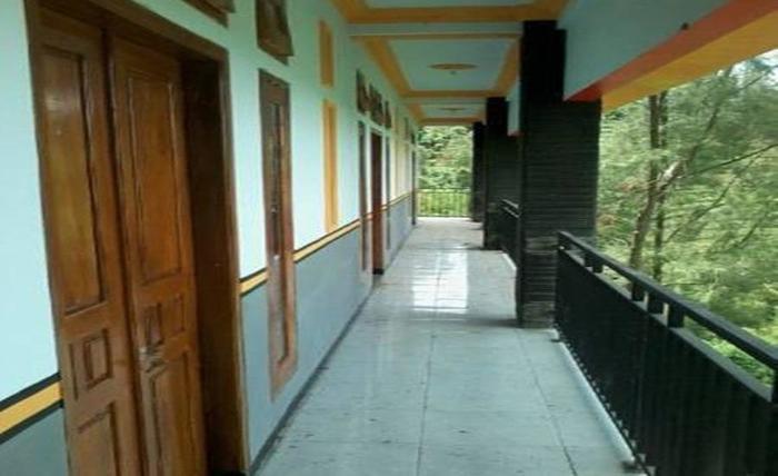 Hotel Huni Raya Bromo Pasuruan - Kamar tamu