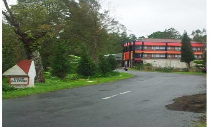 Hotel Huni Raya Bromo Pasuruan - Eksterior