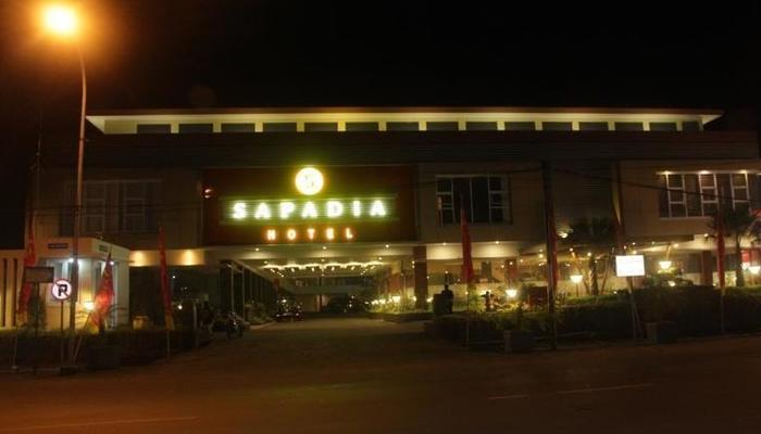 Sapadia Hotel Cirebon - Tampilan Luar Hotel
