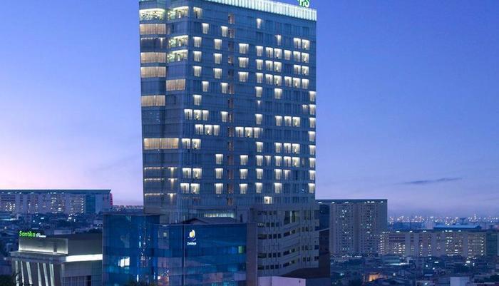 Hotel Santika Premiere Hayam Wuruk - Overview