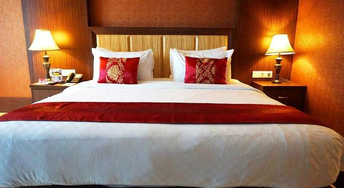 Sapphire Sky Hotel BSD - Kamar Family 1 bed besar