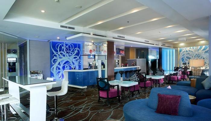 Grand Zuri Palembang - Zuri Lounge