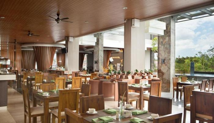 Hotel Santika Banyuwangi - Restaurant